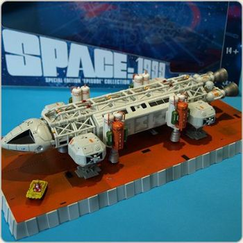 Space 1999 Eagle Transporter Set 4 New Adam & Eve Diecast